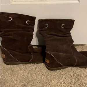Suede Sperry brown boots!
